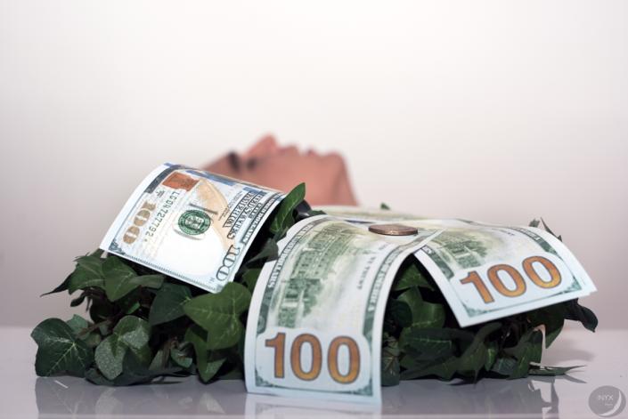 """Avarice01 - odorat - """"L'argent n'a pas d'odeur"""""""