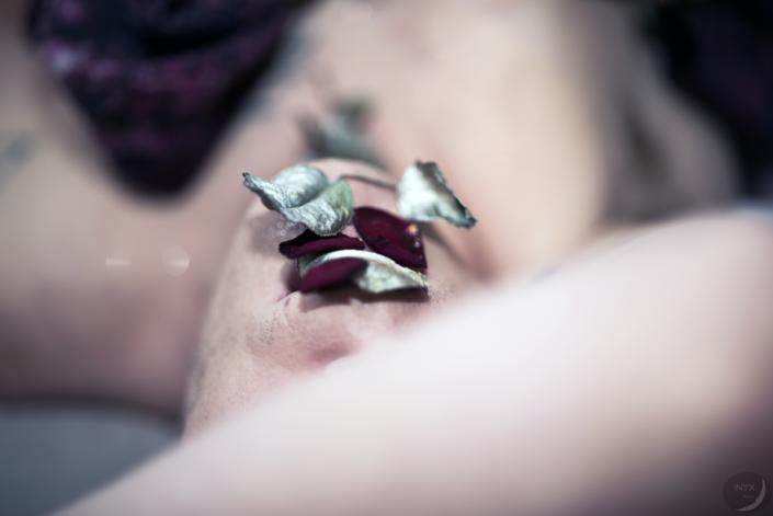 """Orgueil05 - goût - """"Avoir la bouche en sucre de rose"""""""